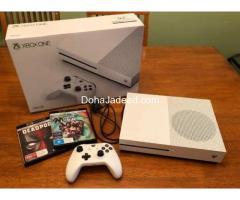 Xbox One S (under Warreny)