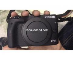 Canon EOS M3 24.2 MP mirror less