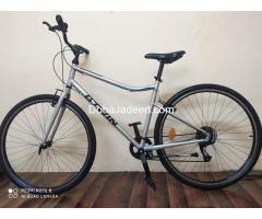 BTWIN Riverside 120 Hybrid bike