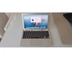 Macbook air 11 inches (2014) 4gb ram 128gb ssd i5 processor