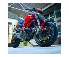 Ducati monster  * 696 cc * Model - 2010