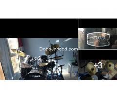 YAMAHA Rydeen 5 shell drum kit in black glitter: